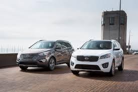 İki otomobil devi araçlarını geri topluyor