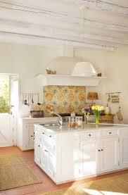 Best 25+ Mexican style kitchens ideas on Pinterest | Hacienda ...