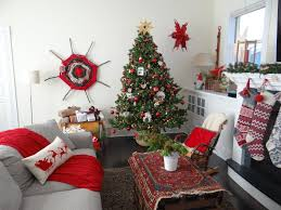 100+ [ Holiday Home Decorations ] | Show Holiday Spirit By ...