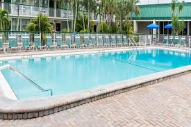pool wyndham garden hotel fort myers beach