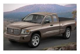 Foreign automakers challenge Detroit in growing US pickup market