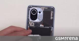 Brand <b>new Xiaomi Mi</b> 11 gets torn down on video - GSMArena.com ...