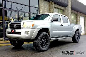 Toyota Tacoma with 18in Fuel Krank Wheels exclusively from Butler ...