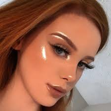 this makeup artist s flare highlight is so intense it looks like