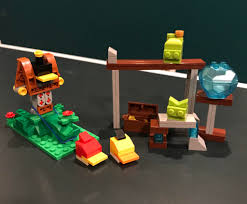 The kids I babysit for and I created a working, playable LEGO Angry Birds  game! : lego