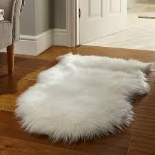 sheepskin rug in cream hover to zoom