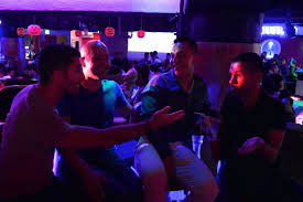 Gay bars in ecuador