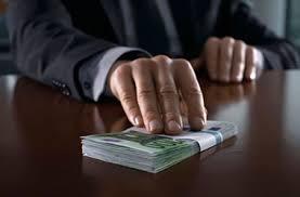 Бум подделок в Украине диплом любого вуза можно купить за  За деньги можно купить любую справку Фото seafarersjournal com
