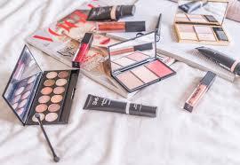 beauty makeup flatlays insram how to photograph
