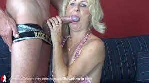 XXX Mom Sex outdoor Porn Videos