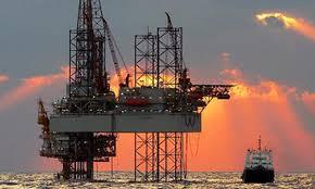 Полезные ископаемые Нефть Переработка нефти многоступенчатый цикл операций который проводят с целью получения нефтепродуктов из сырья Вначале нефть очищают от газов воды