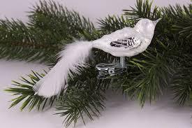 Kleiner Vogel Eisweiß Silber Mit Weißer Feder Traditioneller Christbaumschmuck