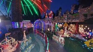 East Bay Christmas Lights Displays Best Holiday Lights In The Bay Area Bartable