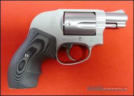 s w 638 airweight bodyguard hammerless 38 spcl p laminated grips guns