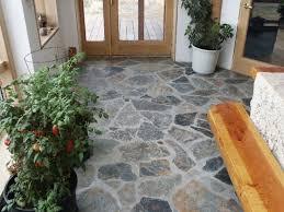 Pavimenti Per Interni Rustici : Tipi e costi dei pavimenti in pietra granito porfido marmo