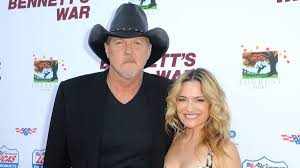 Trace Adkins Marries Actress Victoria Pratt With An Assist