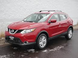 2018 nissan rogue sport red. 2018 nissan rogue sport sv all weather pkg suv red