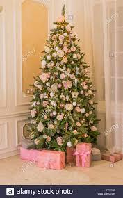 Pastellfarben Weihnachten Elegante Weihnachtsbaum Mit