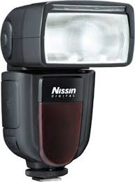 <b>Фотовспышка Nissin Di700A</b> для Fujifilm