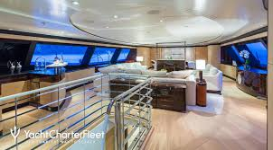 ... Q Yacht ...
