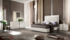 White high gloss bedroom furniture | Em Italia Blog