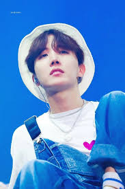 Read 《don't touch my phone!》 from the story bts wallpapers by firstsugaslove (sillyoongi) with 1,329 reads. Who Was Your First Bias In K Pop Quora