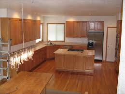 Oak Floors In Kitchen Best Kitchen Flooring Ideas With Oak Cabinets Oak Floors With Dark