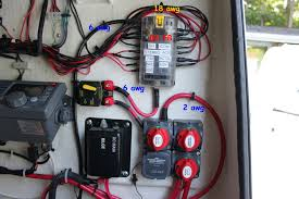 wiring wire gauge from battery to fuse block moderated i676 photobucket com albums vv129 bluewaterpirate two%20of%20a%20kind%20electronic%20and%20fishing%20upgrades 17 jpg t 1280949521