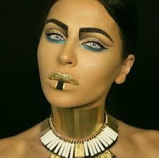 hot egyptian makeup