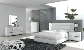 Process of adorning your room with modern white bedroom furniture ...