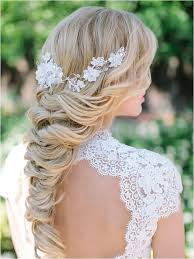 a loose braid for a bride