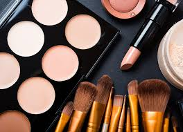 want to be a makeup artist here s your chance to learn from the best