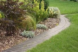 use bricks in garden design