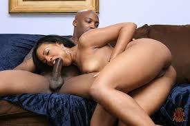butt ebony babe Sydnee Capri gets her anal hole fucked