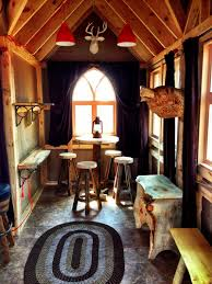 Treehouse masters interior Treehouse Hotel If Its Hip Its Here Brewery In Treehouse By Pete Nelson