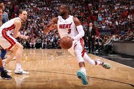 Dwyane Wade, Heat Beat Dirk Nowitzki ...