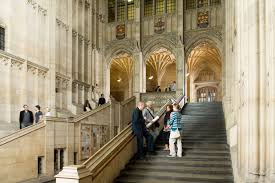 the hh wills memorial building stands at 68 metres and is seen by many to symbolise the university of bristol construction began in 1915 and after being