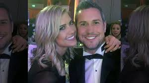 Christina El Moussa pregnant with baby No. 3 after wedding to Ant ...
