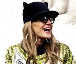 Anna dello Russo:la fashion icon del momento. Tutto quello che c'è da sapere su Anna dello Russo è su Style.it - anna-dello-russo-front-row-moda-uomo-milano_313x262