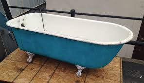 bathtub design ordinary desaign old bath tub with blue and white color litle dirty on brown