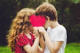 Die Erste Liebe 5 Gründe Weshalb Wir So Gerne An Unsere