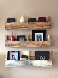 wooden pallet shelf diy