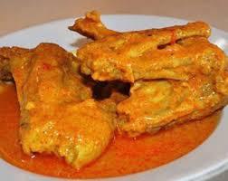 Gulai ayam adalah salah satu masakan yang bisa di dapat di rumah makan padang. Resep Cara Membuat Gulai Ayam Padang Bikinan Paling Enak