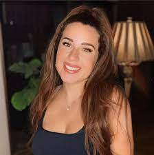بالفيديو - أسما شريف منير توجه رسالة باكية لمتابعاتها