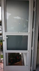 pic tradewinds door with obscure glass open