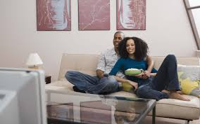 black family watching tv. [life and tech] why you should tweet about your favorite shows - ebony black family watching tv