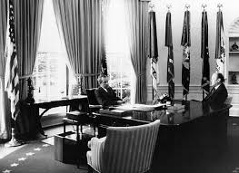 nixon oval office. richard nixon seen here with vice president gerald ford used the oval office mainly