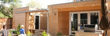 modern guest house. The Canel Family\u0027s Modern Backyard Guest House L