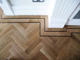 FLOOR DETAIL ON POINT Portfolio > 34 > Istoria Solid Parquet Oak Herringbone  Wood Floor With