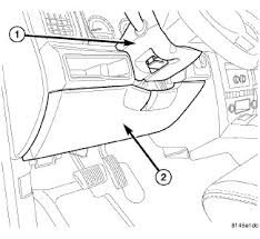 my heated seats in my 2006 jeep commander does not work where is 2007 jeep commander interior fuse diagram at Jeep Commander Fuse Diagram